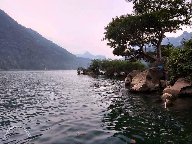 Đảo Bà góa trên hồ Ba Bể – Bắc Kạn