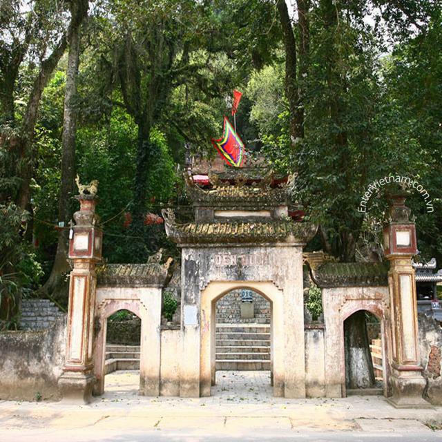 Du lịch tham quan đền Đuổm Thái Nguyên
