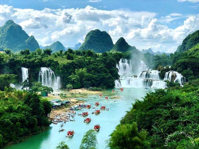 Du lịch tham quan thác Bản Giốc Cao Bằng